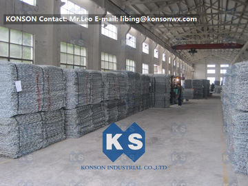 PVC Coated Gabion Basket Filled With Stone , Electro Galvanized Gabion Box
