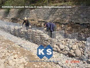 چین Galvanized Hexagonal Wire Mesh Gabion Basket Defending Rock For Seaport Project تامین کننده