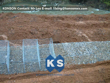 چین Stainless Steel Galvanized Hexagonal Wire Mesh Gabion Boxes , 0.5mm Thick PVC Coated تامین کننده