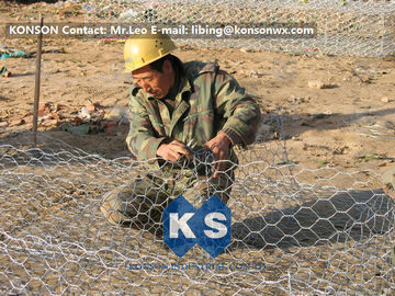 Custom Gabion Stone Cages Hexagonal Wire 80 x 100MM For Protection Engineering